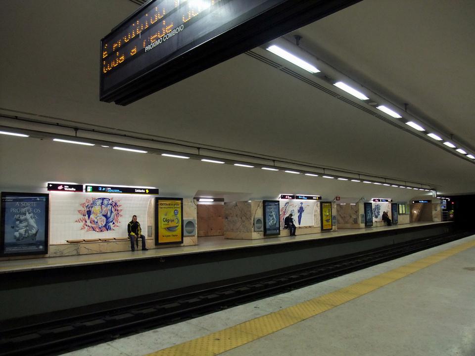 Saldanha station lisbon