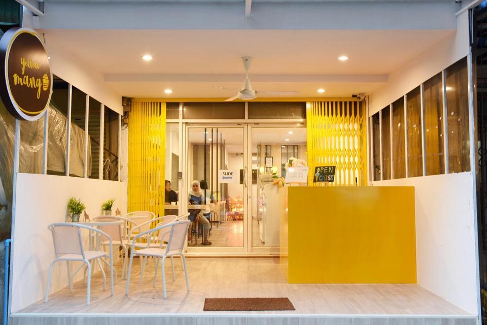 Yellow Mango Hostel, Bangkok, Thailand