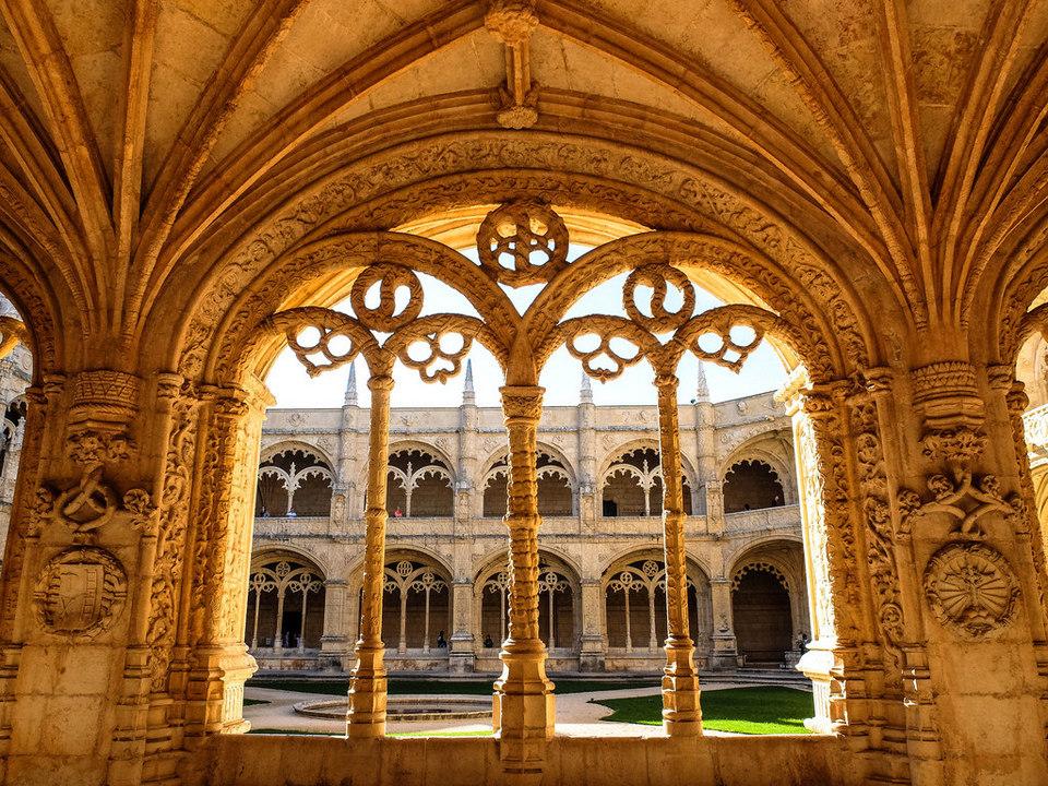 Jerónimos Monastery lisbon portugal (4)