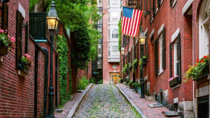 beacon hills, boston travel blog,boston travel guide blog,boston travel guide