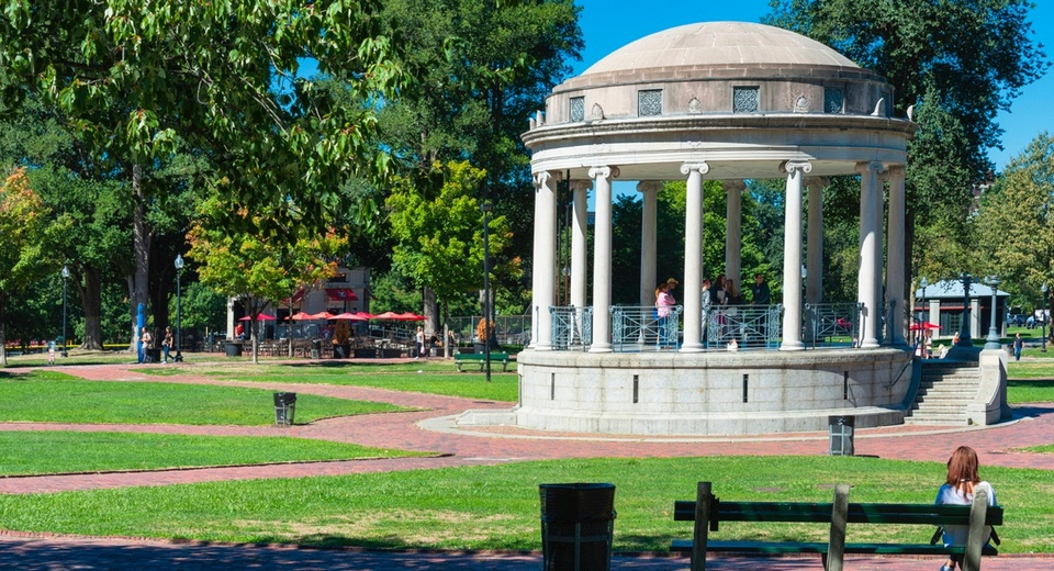 boston-common-bandstand-fb