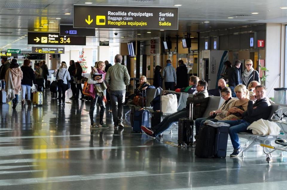 baggage-control-ibiza-airport-1024-680