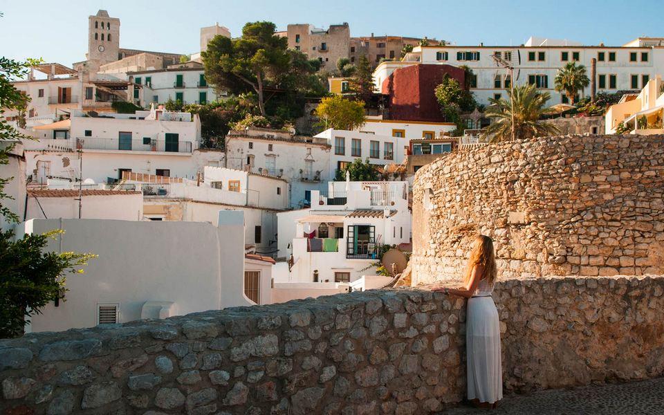 getting around ibiza spain travel blog,ibiza spain travel guide,ibiza travel guide spain
