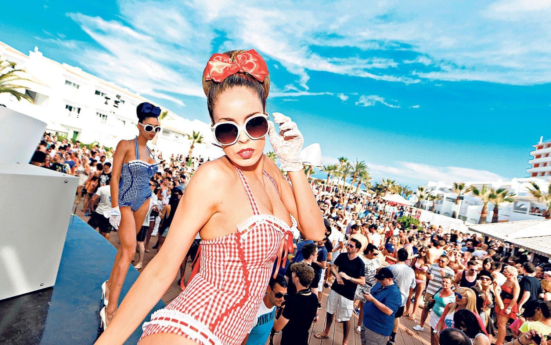 ibiza party beach