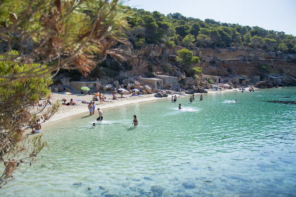 Cala-Saladeta-ibiza travel blog,ibiza island travel guide