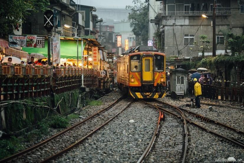 pingxi rail lantern (2)