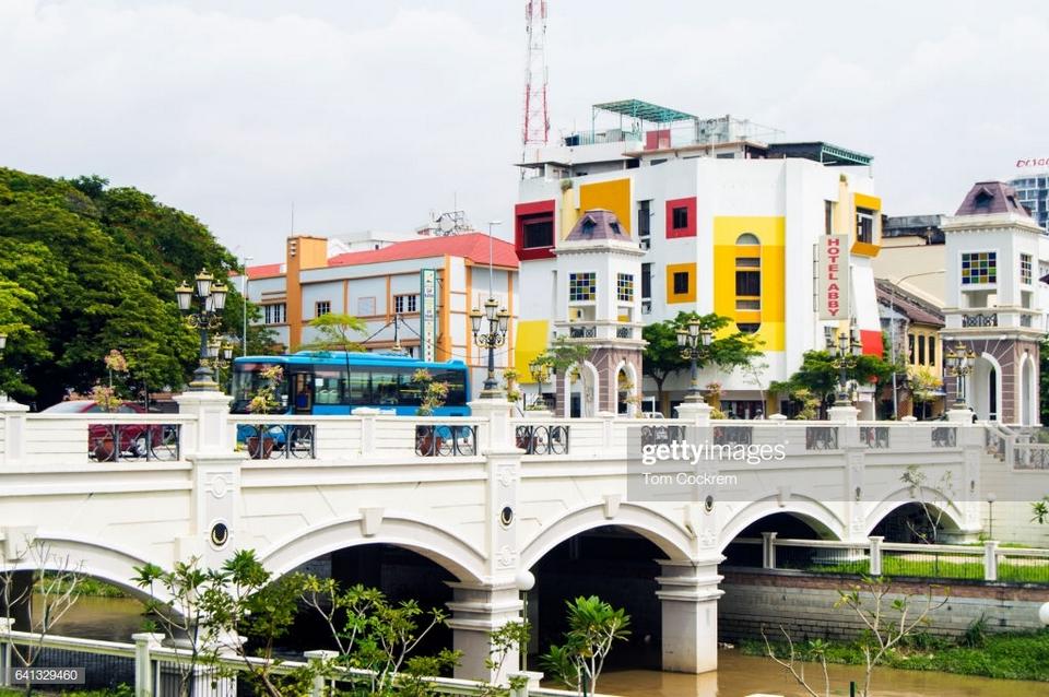 kinta river and bridge,ipoh malaysia,ipoh,ipoh travel,ipoh travel blog,ipoh malaysia travel blog