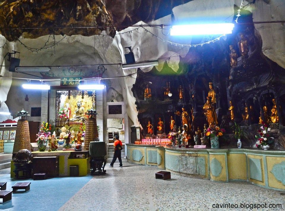 Sam Poh Tong Temple, ipoh (1)