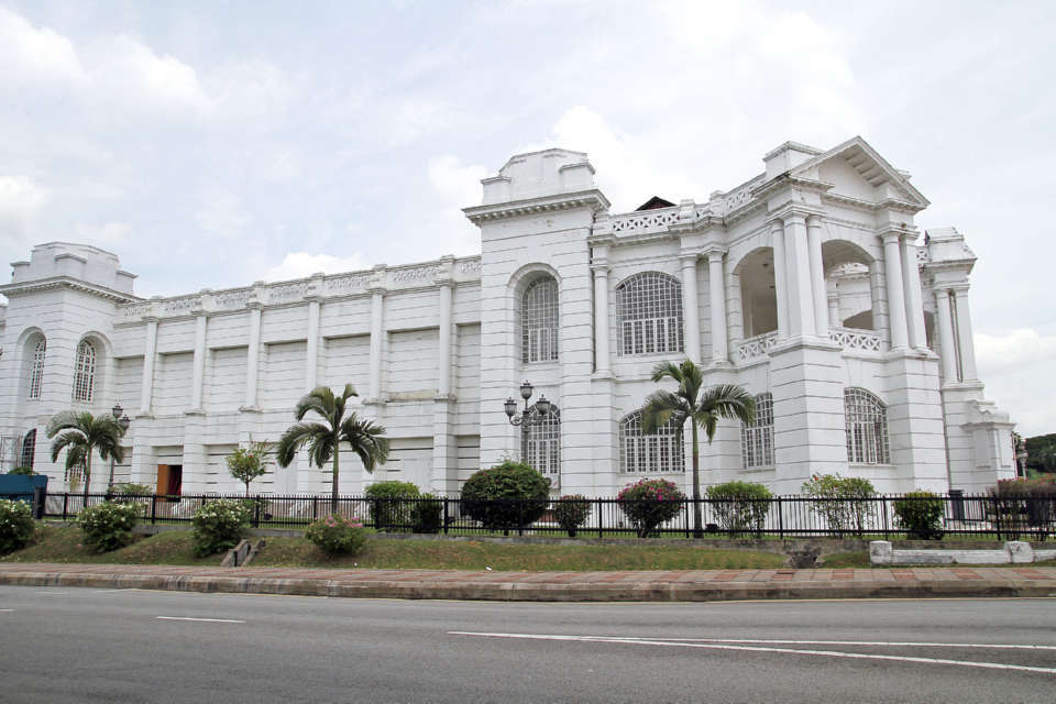 ipoh town hall city (1)