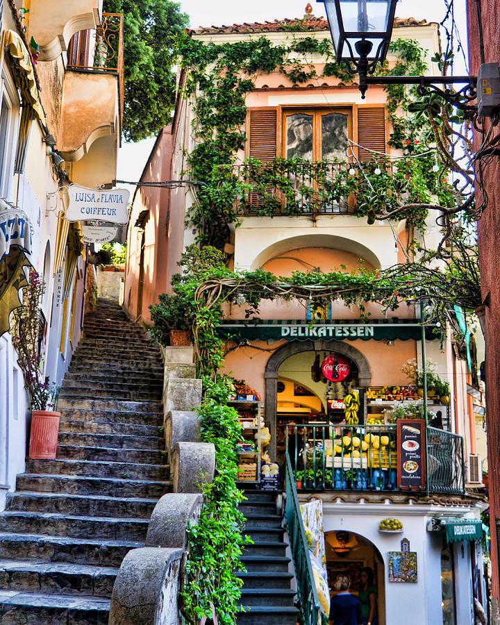 Positano Shopping,positano tourist guide,positano travel blog,positano travel guide,positano blog,positano visitor guide