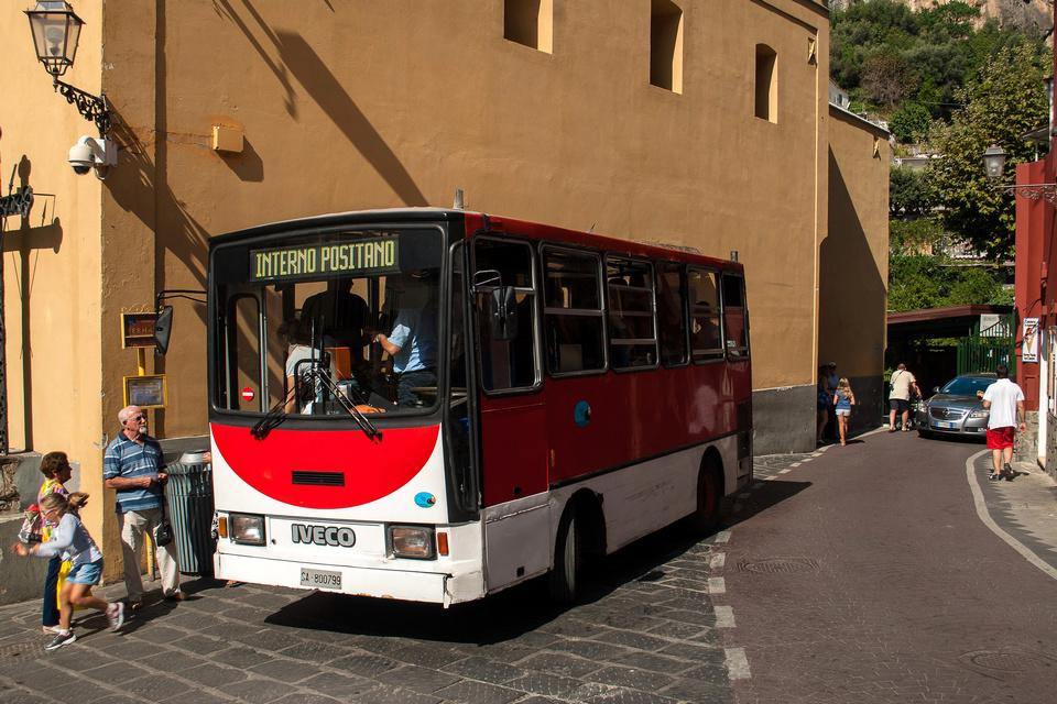 Positano_bus_01