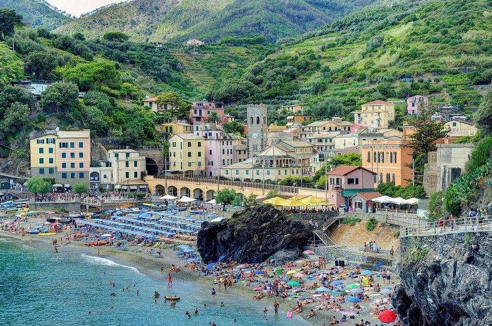 Monterosso al mae,cinque terre blog,cinque terre travel blog,cinque terre visitor guide,cinque terre travel guide,cinque terre guide