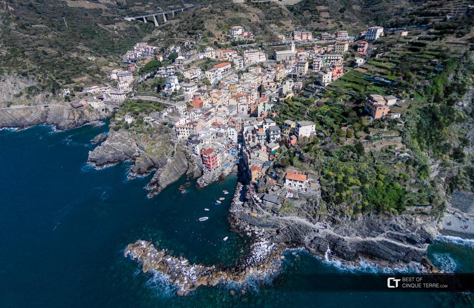 cinque-terre-riomaggiore-aerial-view-of-village-taken-by-drone
