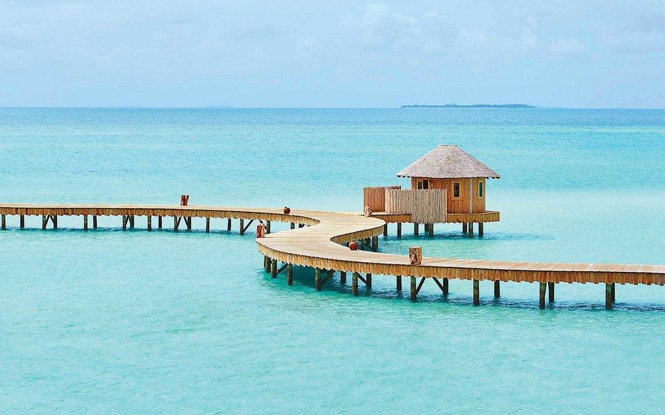 soneva-jani-dock-MALDIVES0317