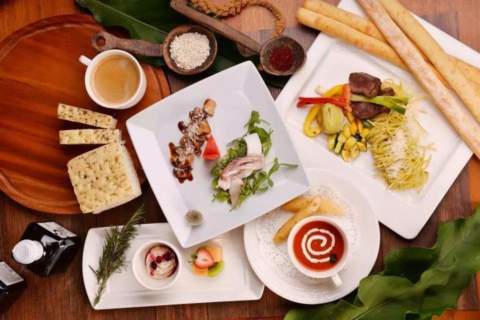 A dinner set at Volando Urai Spring (menu may change according to the season)