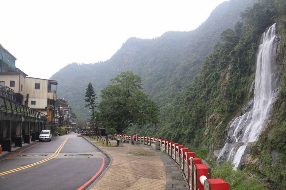 Wulai_Waterfall_057_11022016