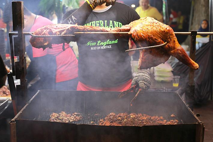 grilled lamb kuala lumpur,best street food in kl, best street food in kuala lumpur, street food kl,kl street food blog,street food kuala lumpur