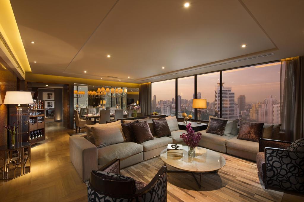 Hilton Sukhumvit Bangkok,bangkok budget hotel rooftop pool,bangkok infinity pool cheap hotel,bangkok hotels with rooftop pool (1)