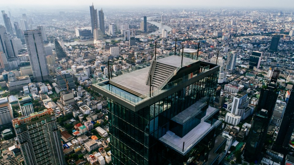 The SkyWalk with views of the city. King-Power-Mahanakhon-SkyWalk-courtesy-of-venue-1