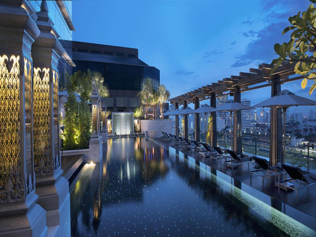 The St. Regis Bangkok,hotels with rooftop pools in bangkok,bangkok hotels with pool,bangkok rooftop pool hotel (1)