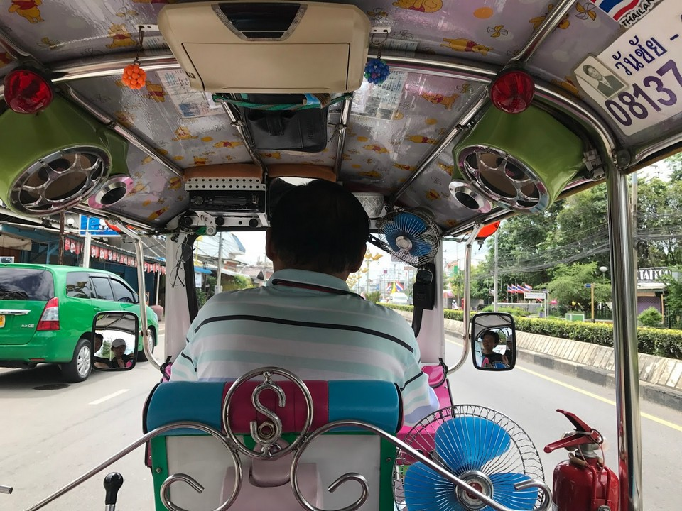 getting around kanchanaburi by tuktuk