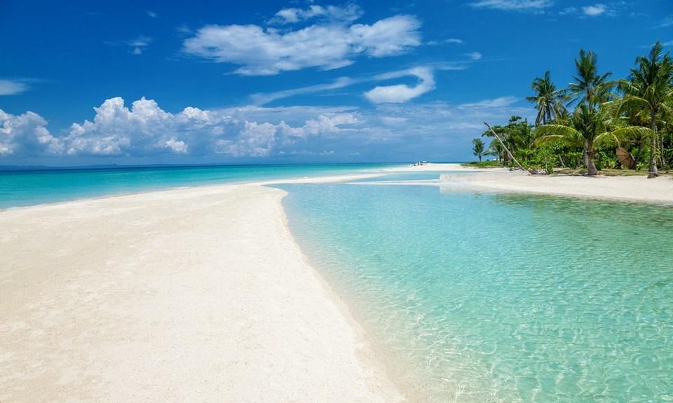 Paradise beach on the Bantayan island,cebu blog,cebu guide,cebu island blog,cebu island guide,cebu island travel blog,