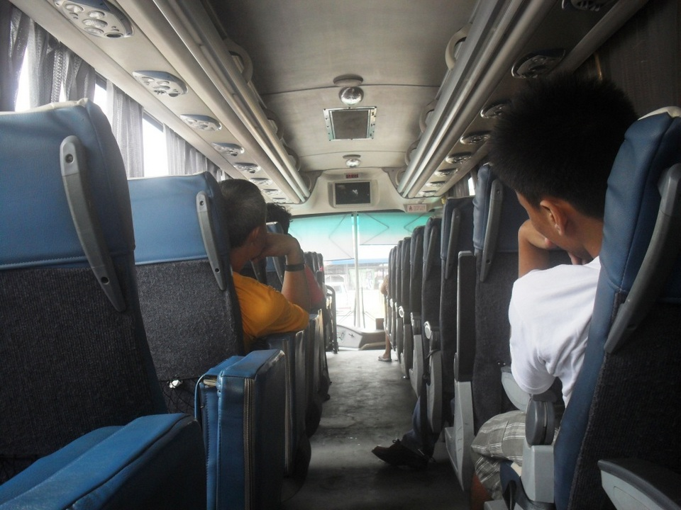 inside ceres liner bus