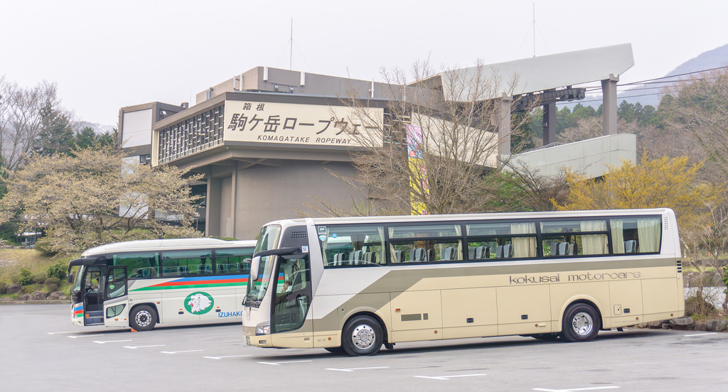 bus from tokyo to hakone