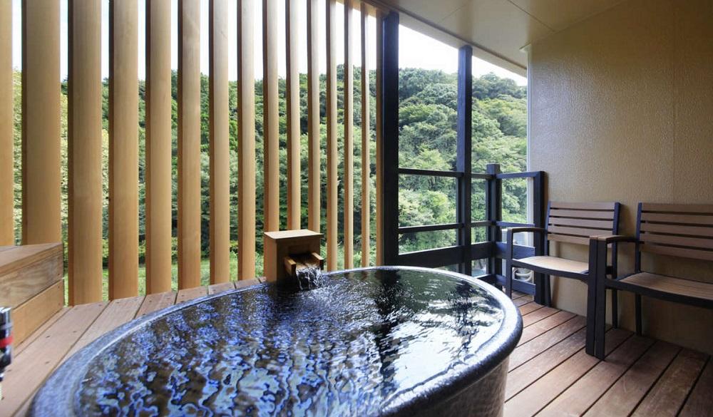 Hakone-Suimeisou-bath