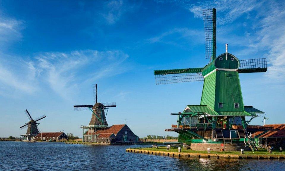 Windmill village – Zaanse Schans (1)