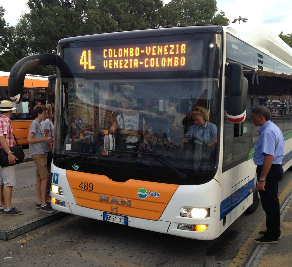 4L bus to Piazzale Roma