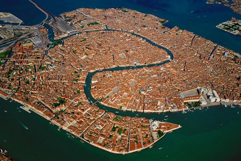 Aerial view of Venice, Italy1