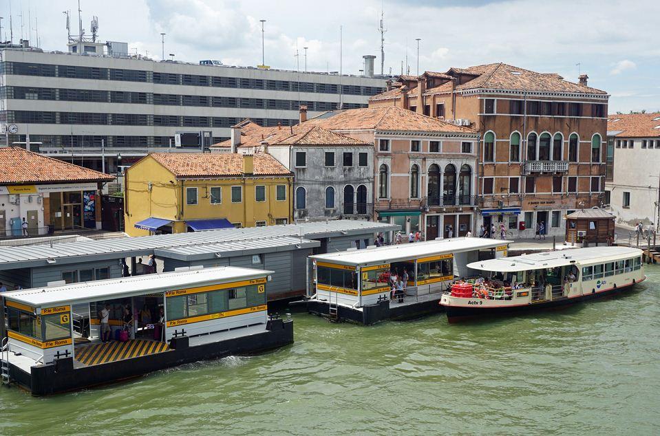 Vaporetto stop Piazzale Roma Venezia