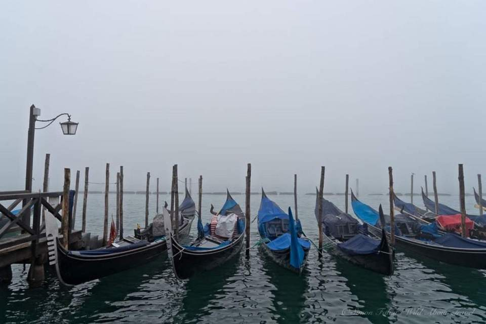 Venice-Gondolas-in-the-Fog