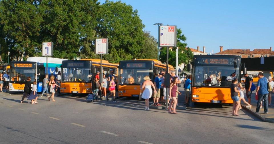public bus in venice