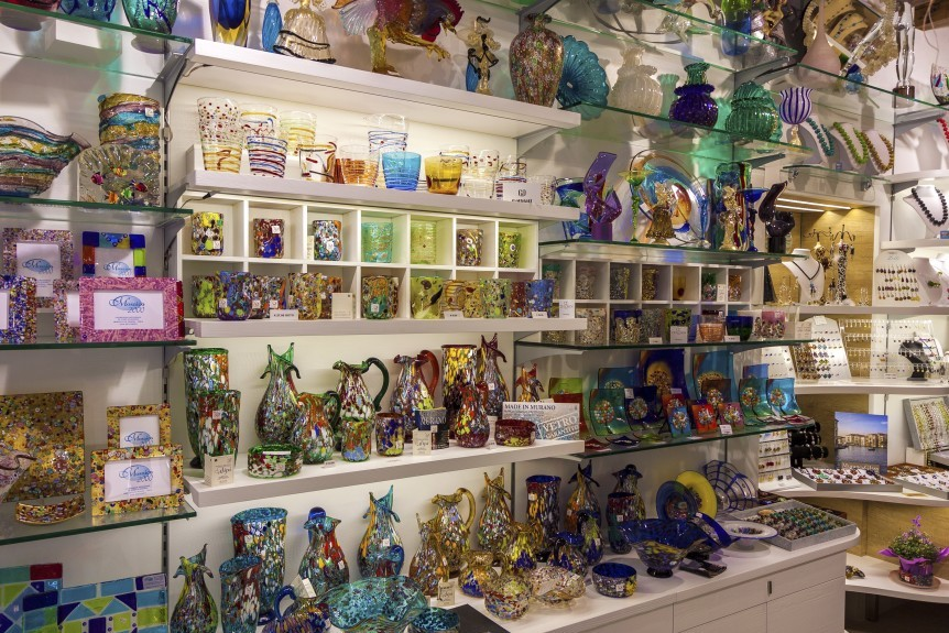 bigstock-Murano-Glass-Shop-94711517-862x575