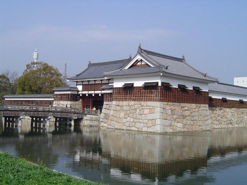 Hiroshima Castle,hiroshima travel blog,hiroshima blog (1)