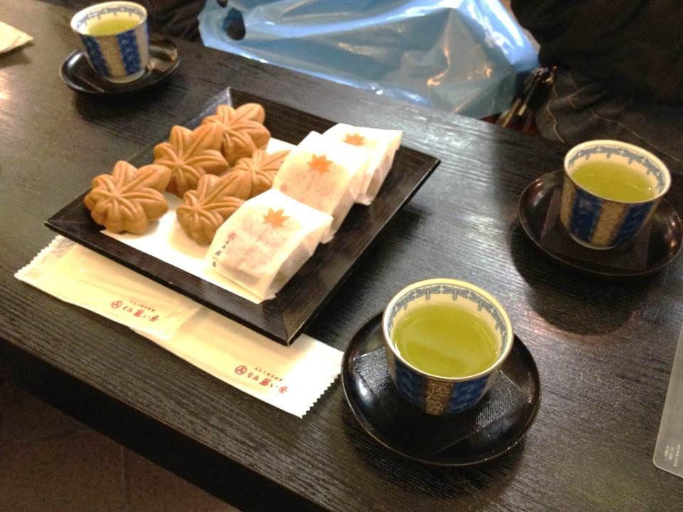 Momiji Manju hiroshima (1)