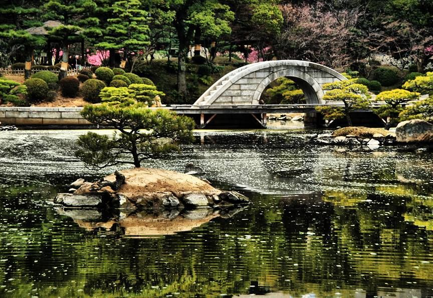 Shukkeien Garden hiroshima travel blog,hiroshima travel guide (1)