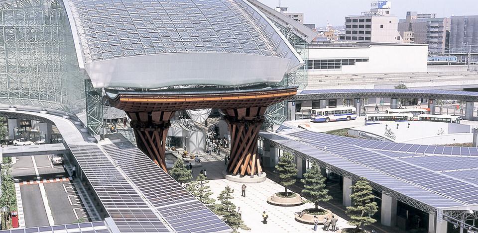 Kanazawa Station,kanazawa travel blog (1)