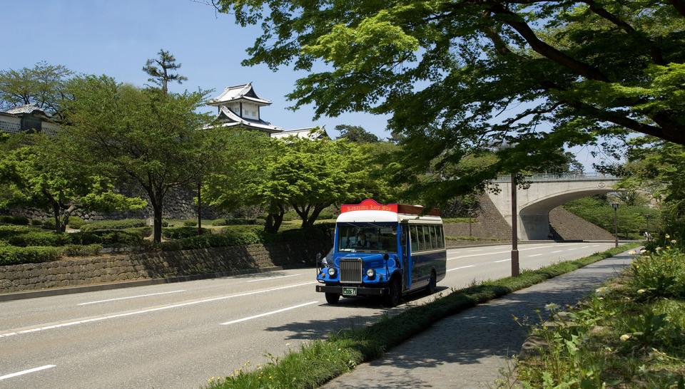 Kanazawa loop bus
