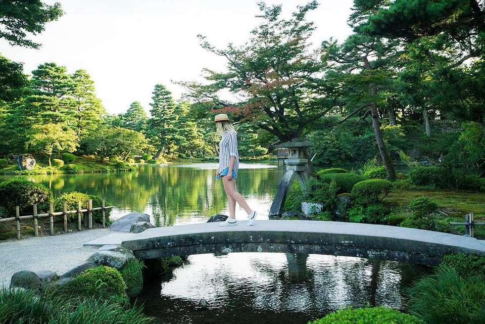 Kenrokuen garden japan