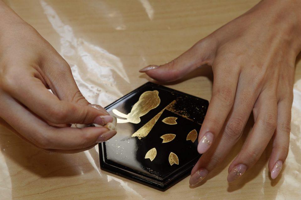 Experience Gold-plated Art,kanazawa handicraft,kanazawa travel blog (1)