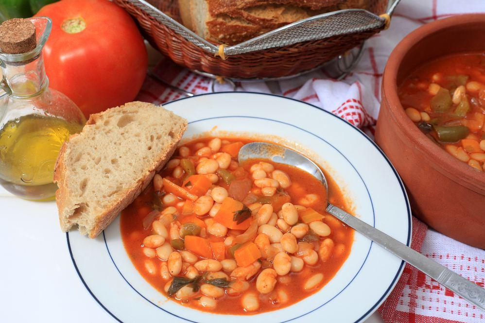 Traditional-Greek-bean-soup