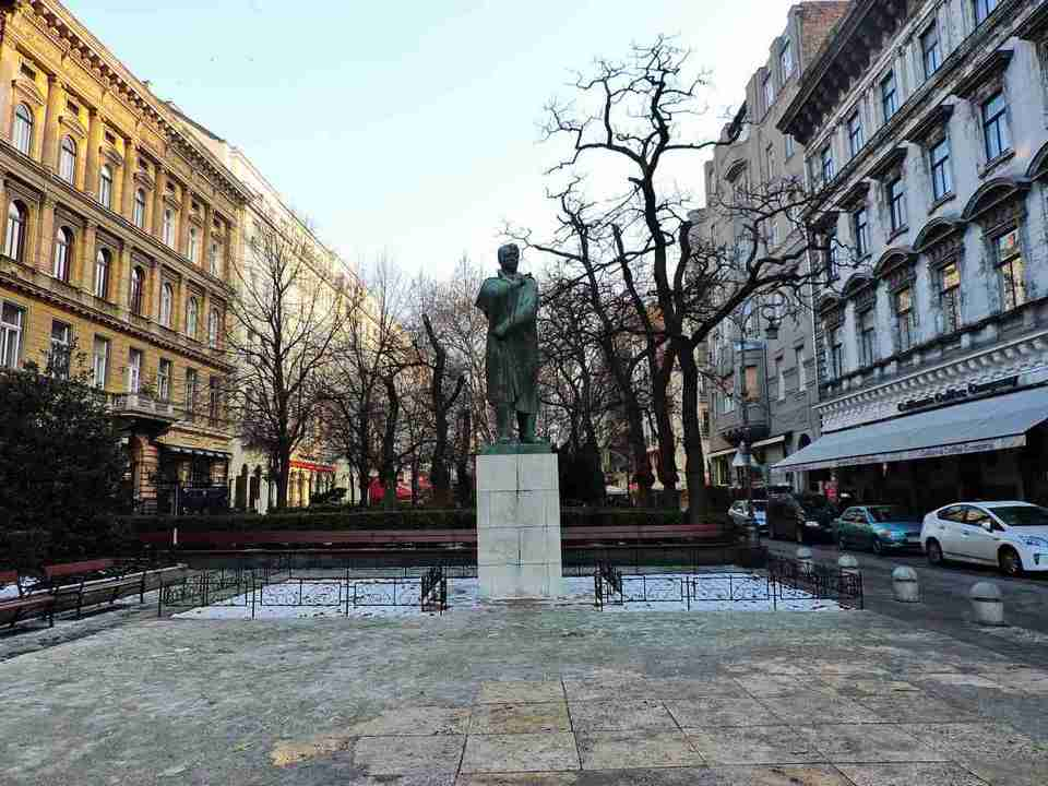 Andrássy Avenue,budapest travel blog (3)