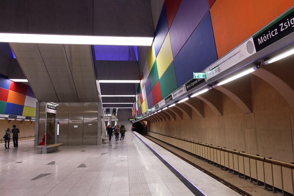 Budapest Metro line 4 - Moricz Zsigmond korter station 3