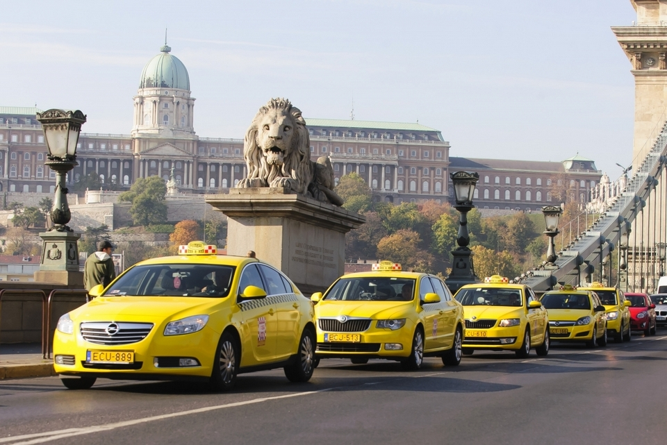 Budapest_Taxi_01