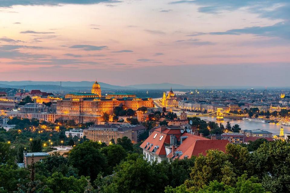 Gellért Hill budapest travel blog (1)