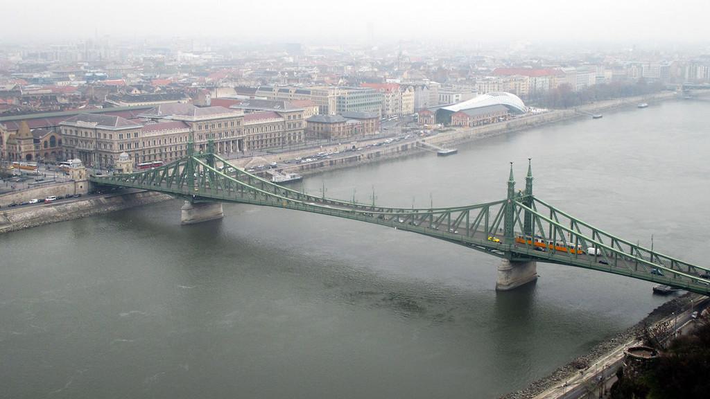 Liberty Bridge,budapest travel blog