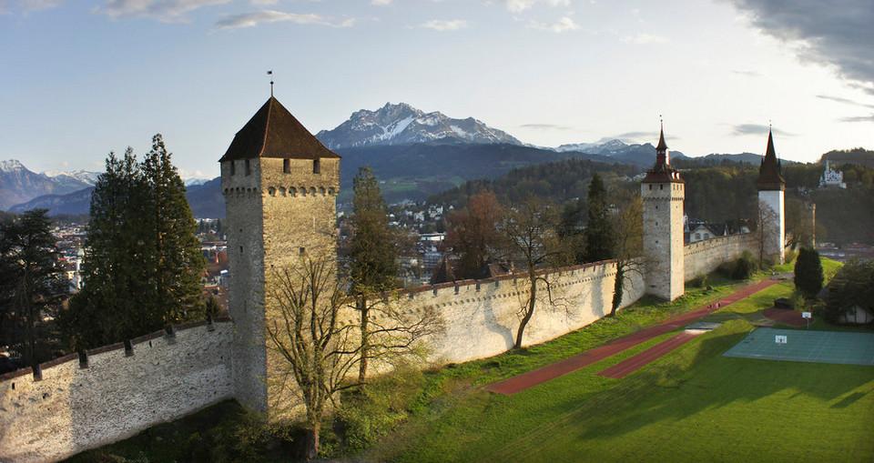 Musegg Wall lucerne travel blog (1)